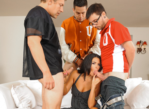 College Group Sex Escena 2