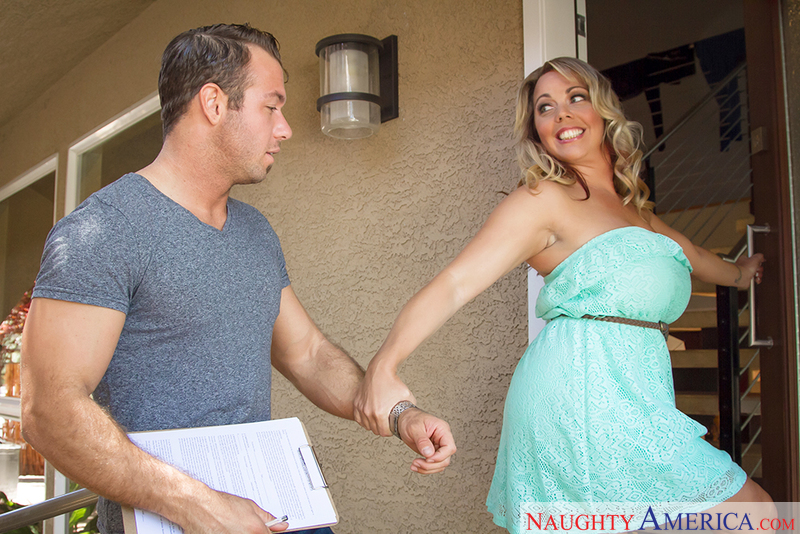 Seduced By A Cougar - Amber Lynn