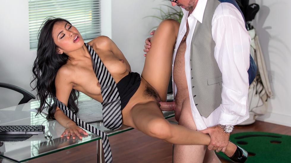 An Inconvenient Mistress, part 1 Scène 1