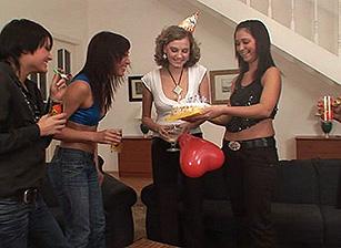 Cream Pie Orgy #06 Scène 2