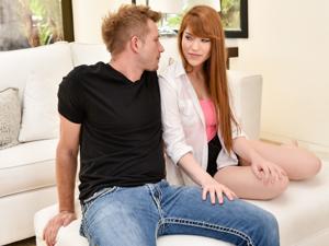 Redheads Like It Big Scène 1