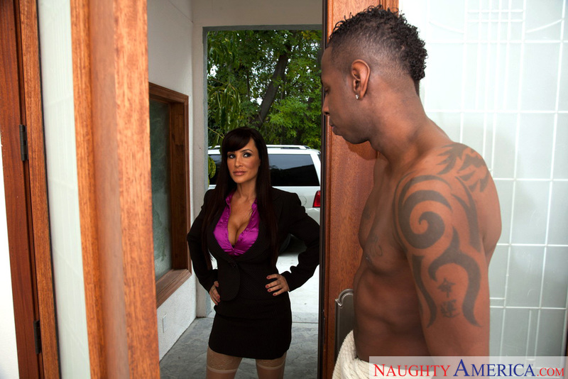 Seduced By A Cougar - Lisa Ann &