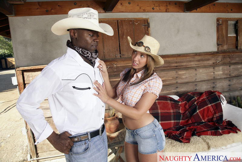 Naughty Country Girls - Kelly Di