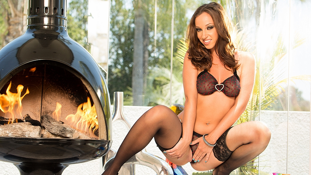 Jada Stevens Gets Some Steele In