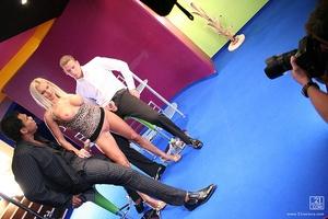 Backstage with Winnie Scène 1