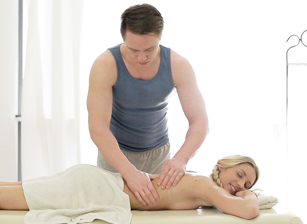 Blondie's Insertion Massage