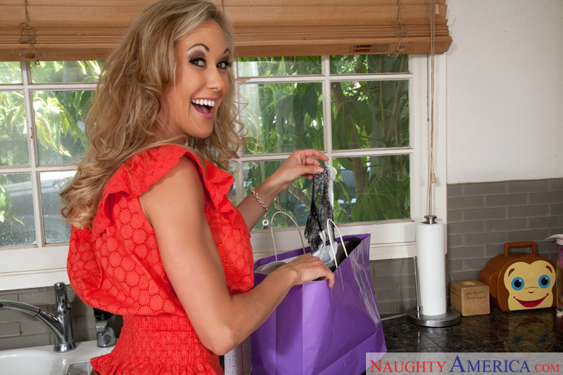 Housewife 1 on 1 - Brandi Love &