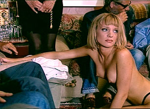 Sandy Insatiable Escena 3