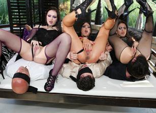 Porn Camp: Blindfolded Orgy! Scène 4