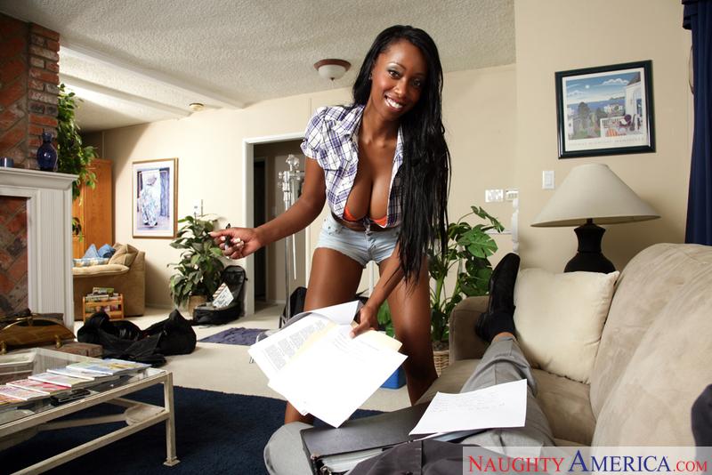 Housewife 1 on 1 - Codi Bryant &