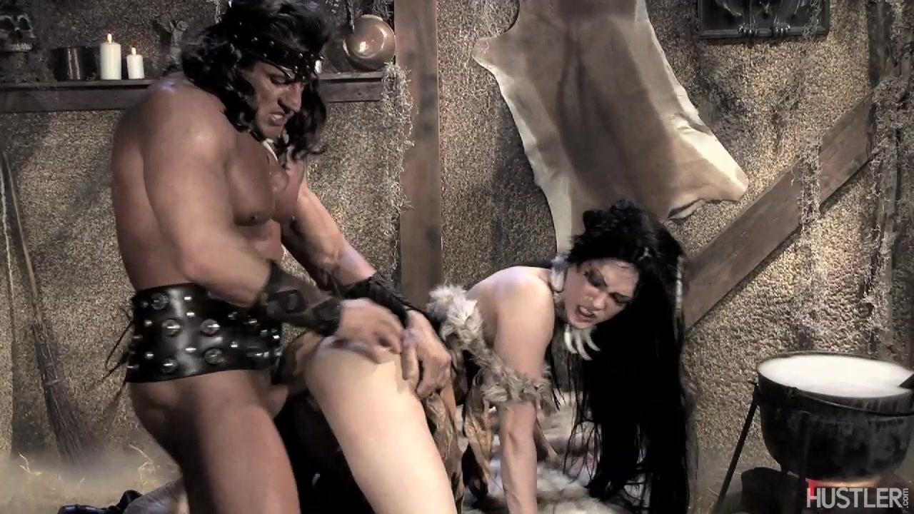 Asphyxia Noir - This Ain't Conan The Barbarian XXX Scène 4