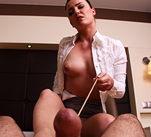 He Paid To Be Spanked Scène 3