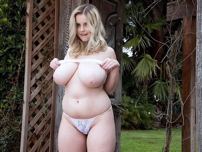 Codi's Garden of Big Boobed Drea