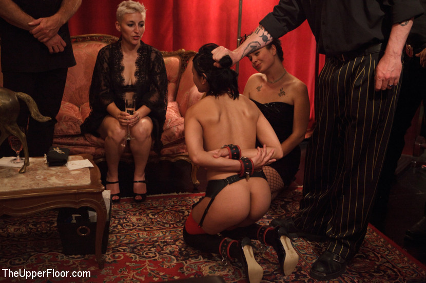 видео бдсм-рабыни на вечеринках способность поднять