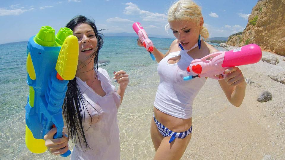 Summertime Lesbian Loving