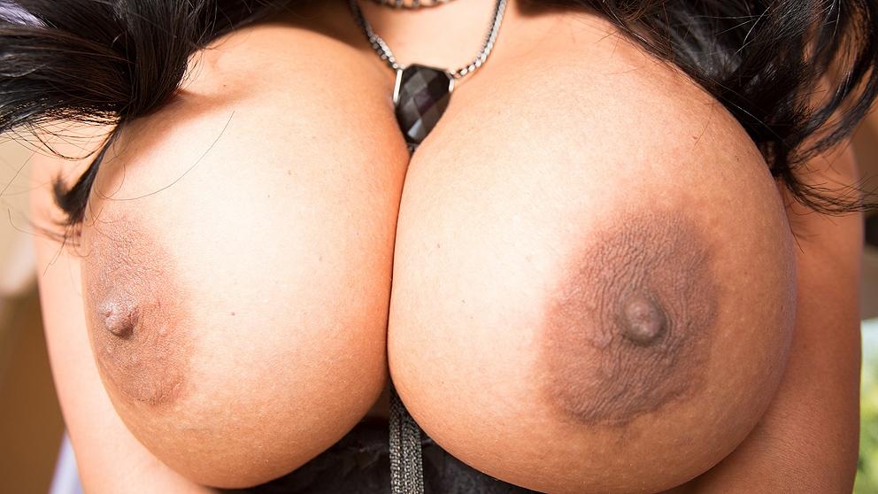 Kiara Mia Big Tit Latina Fucked