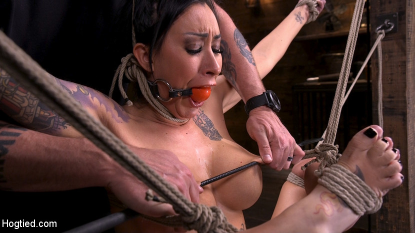 Tattooed Slut Brutalized in Bond