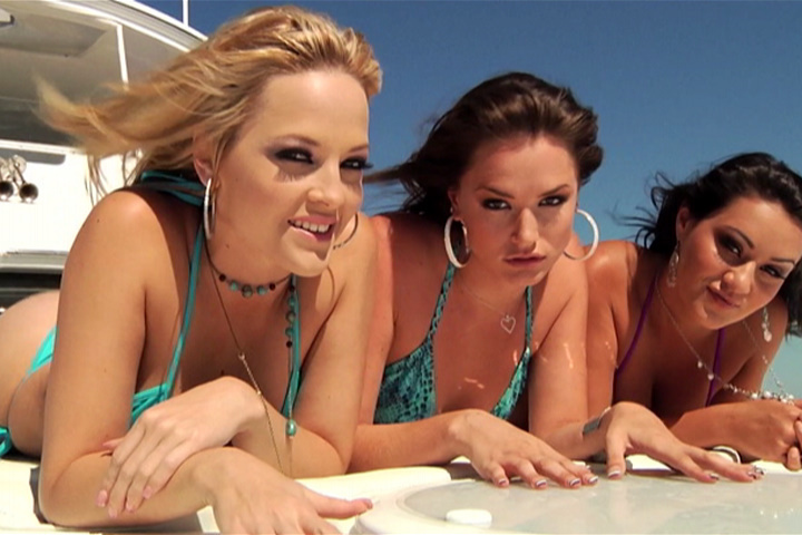 Tori Black Threesome Lesbian
