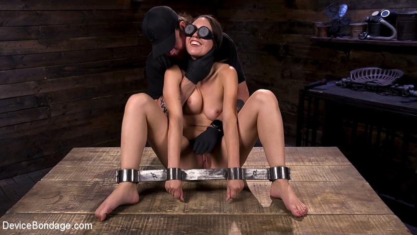 Newbie Jade Nile Struts Her Slut