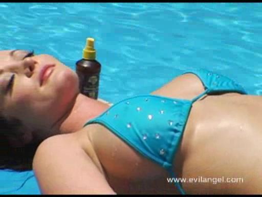 Anal Beach Buns Scena 3
