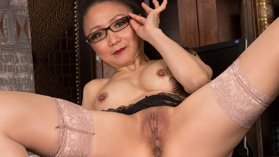 Sexy Old Lady Scène 1