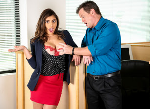 Big Tits Office Chicks #05 Scène 1