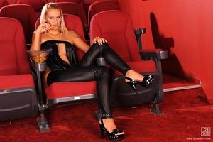 Franciska at the movies Scène 1