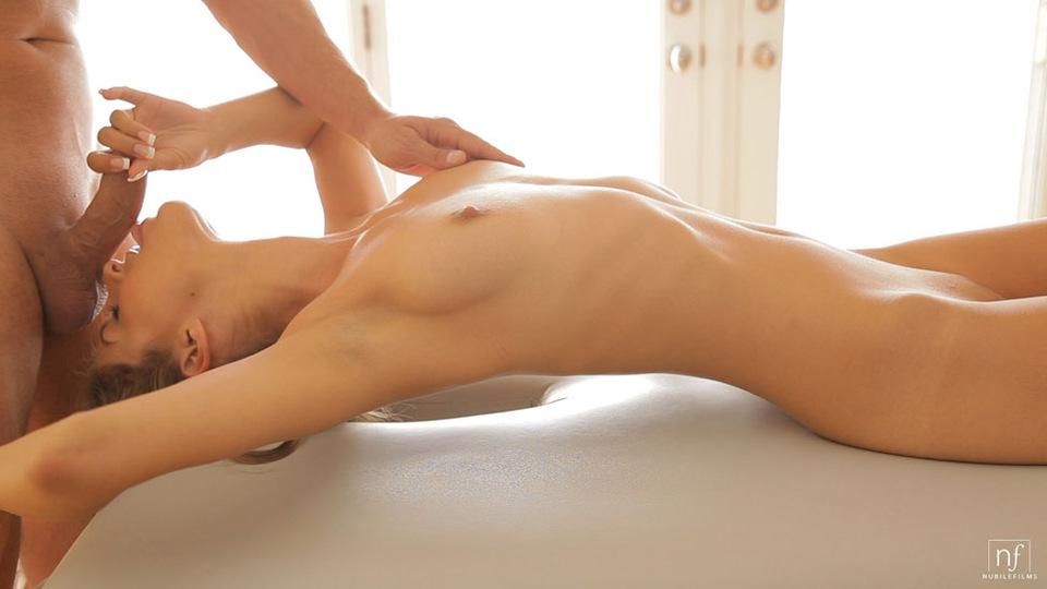Порно массаж страстный, онлайн порно в рваных трусиках