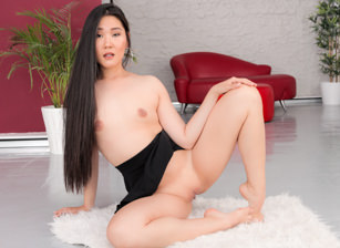 Asian Katana's Public Squirting