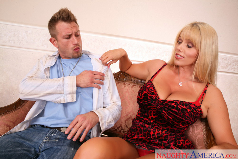 Seduced By A Cougar - Karen Fish