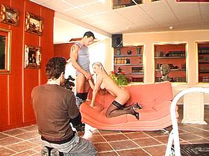 Backstage of Voyeur gets caught