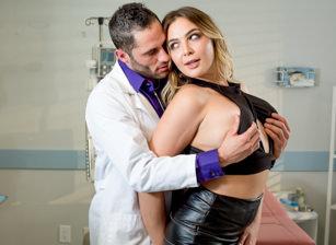 A Doctor's Desires Scène 3