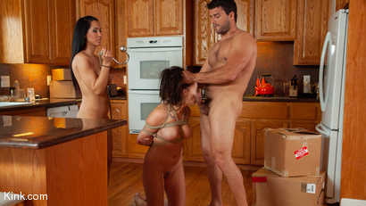 The Neighbors: Housewife Bound &