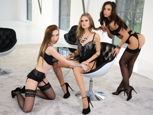 Silk & Erotica Scène 1