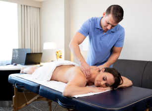 Complementary Massage Scène 1