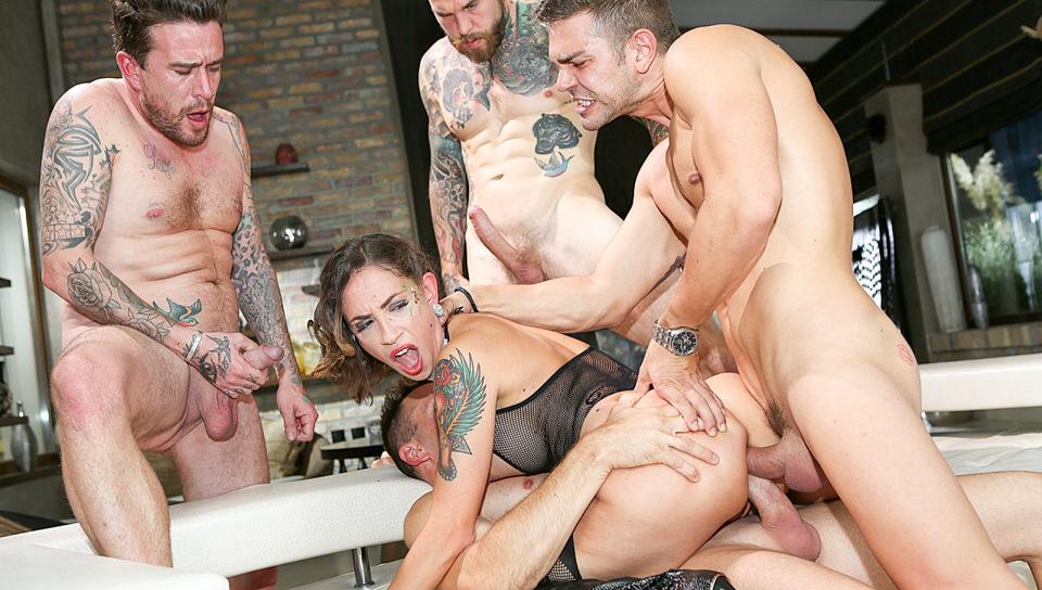 Rocco's Dirty Girls, part 4 Scena 4