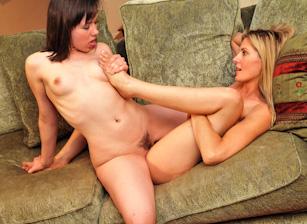 Lesbian Confessions #04 Scène 2
