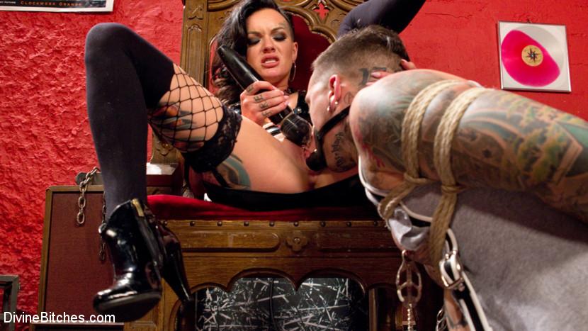 Punk Rock Foot Goddess: Mistress