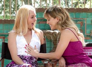 Lesbian Sex #19 Scène 2