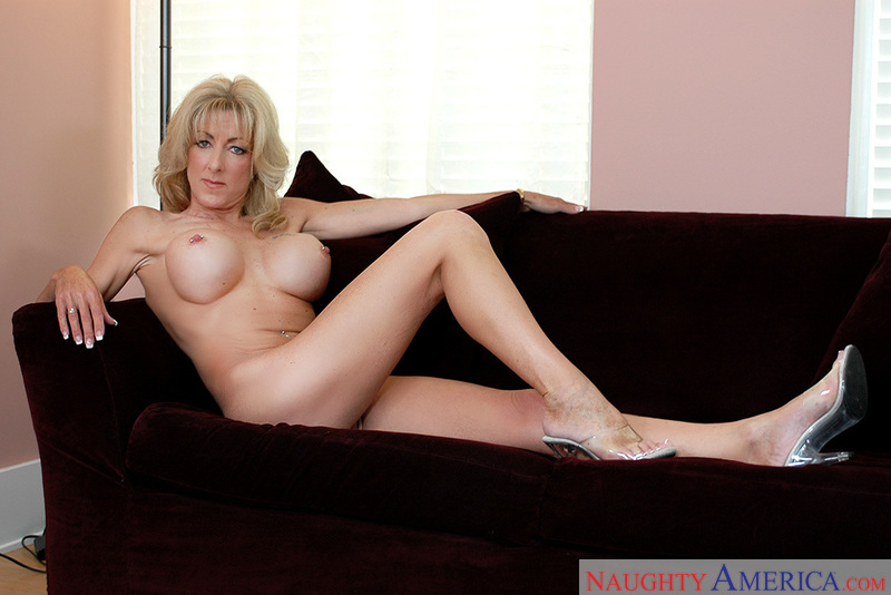 My Friend's Hot Mom - Lexi Carri