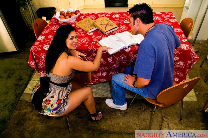 Latin Adultery - Isabella & Chey