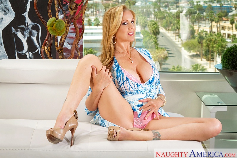 My Friend's Hot Mom - Julia Ann