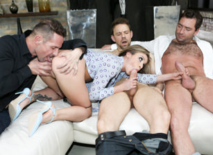 Double-Anal Gangbang With 2 Sisters!  Scena 3
