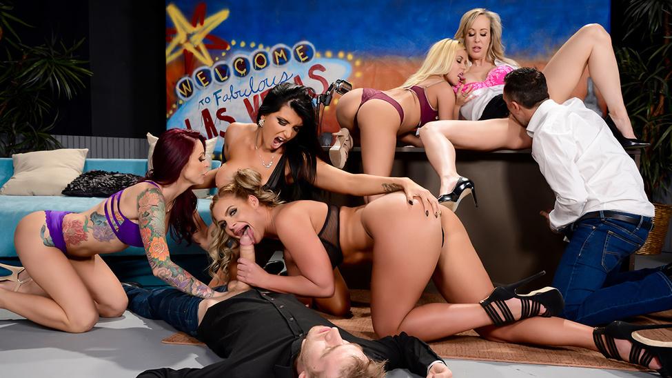 The Late Night Orgy Scène 1