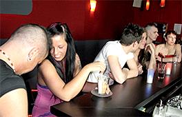 Swapping Girlfriends Scène 2
