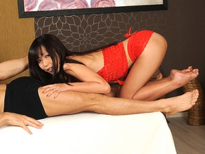 Marica, the masseuse  Scène 1