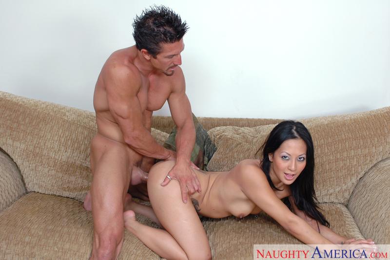 Asian 1 On 1 - Gianna Lynn & Tom