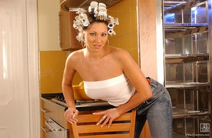 Horny housewife Scène 1