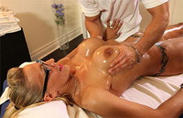 Milf Goddess Loves A Nuru Massag