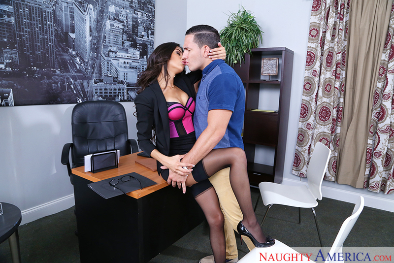 Naughty Office - Veronica Rodrig